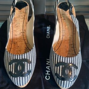 Authentic Chanel Slingbacks 39.5